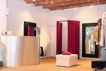 intérieur d'un magasin de fringue photographié par notre photographe Rachel Joubi