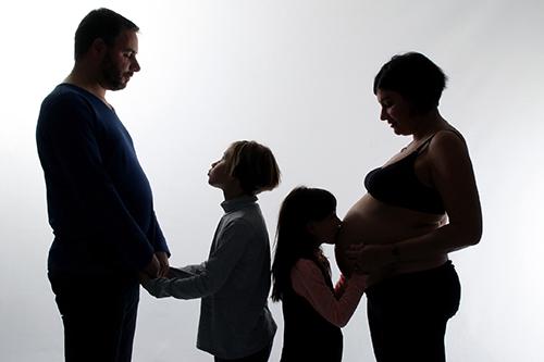 Attente du bébé de la famille photographiée par Rachel Joubi