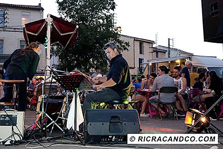 Groupe de musiciens Diego du festival food truck photographié par Rachel Joubi